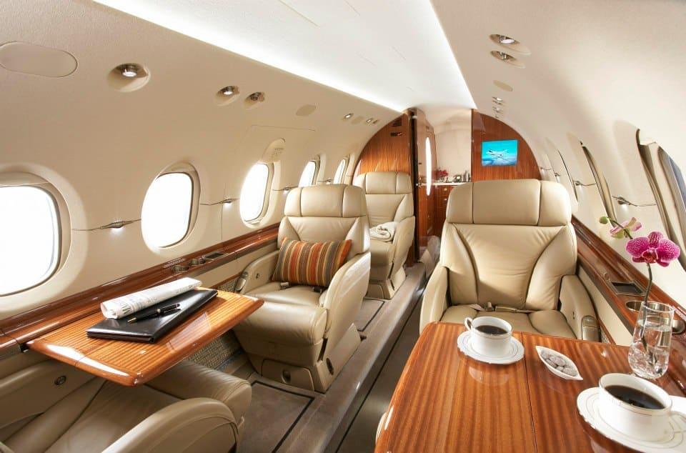 privatjet mieten sparen call a jet. Black Bedroom Furniture Sets. Home Design Ideas